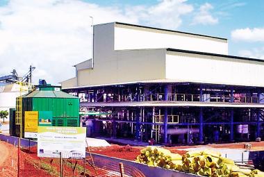 Cliente: Caramuru Biodiesel. Obra: Construção da usina de biodiesel. Localiza�...